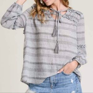 Doe & Rae Ruffle Drawstring Blouse Gray Large